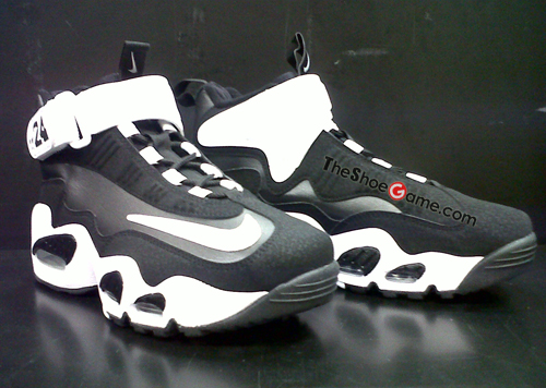 best service 0fcf0 f9fb7 Nike Air Griffey Max 1 GS Black White   Rudeboyy.com