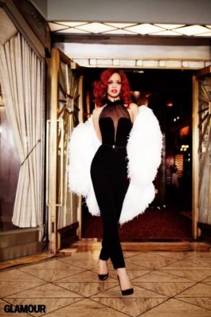 06_Glamour-Rihanna-31-05-2011_090-facebook_1311701966-360x540