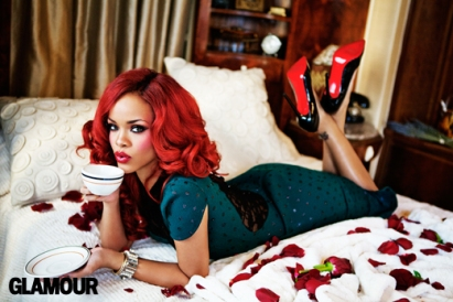 08_Glamour-Rihanna-31-05-2011_397-facebook_1311702167