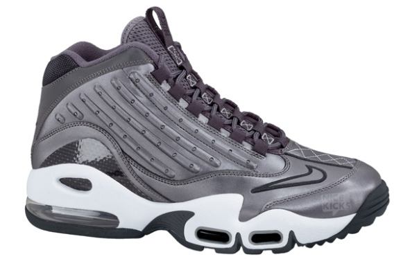 e1e01aa2aa Nike has released a ton of Nike Air Griffey Max II colorways this year.  Before the year ends, we will see at least one more Nike Air Griffey Max II  release ...
