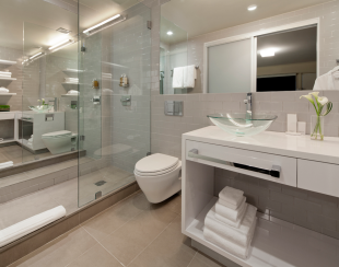 OUT-Deluxe-room-bathroom
