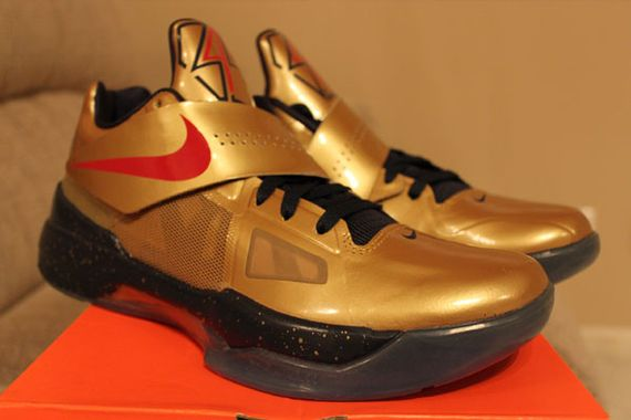 cheap for discount a7632 2931a Nike Zoom KD IV  Gold Medal