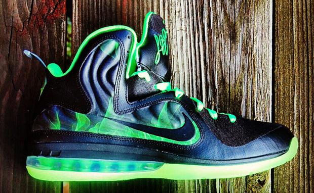 hot sale online 25e3e 1d4ed Nike-LeBron-9-Foamposite-ParaNorman-Custom