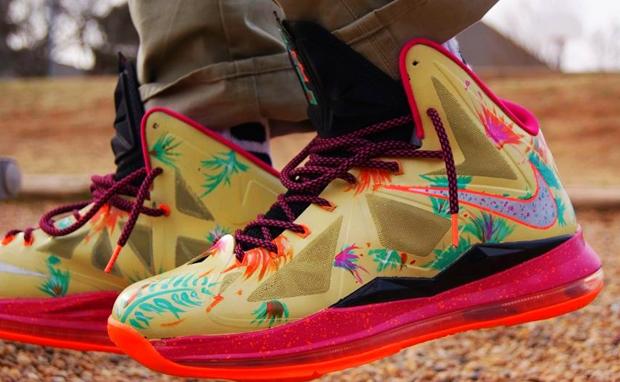 """228eada2fcaf Nike LeBron X """"LeBronold Palmer"""" Custom"""