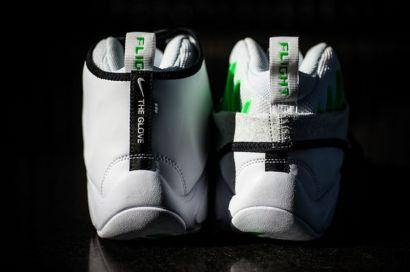 "d85bc5671733 Nike Zoom Flight Glove ""Poison Green"""