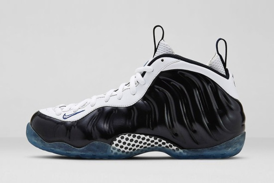 nike-air-foamposite-one-black-white-1-960x640