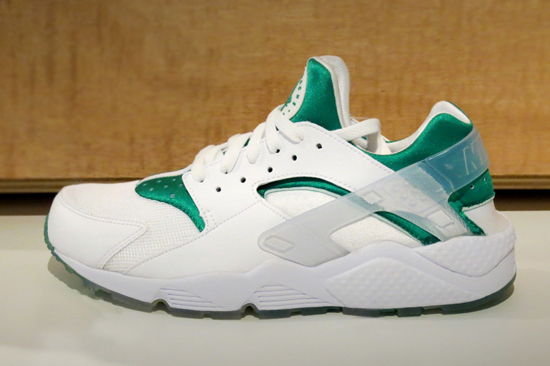 new product 7a3c8 35c51 ... shop nike air huarache city series paris cfc24 0db95