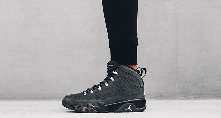 air-jordan-9-anthracite-1