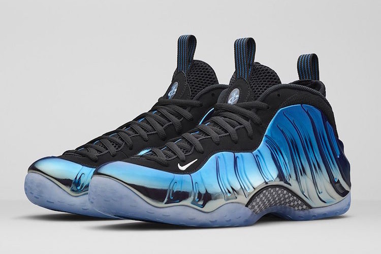 Nike-Foamposite-One-Blue-Mirror11-750x500