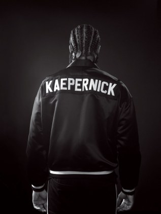 Colin-Kaepernick-Man-of-the-Year-1217-GQ-BOBS01-01