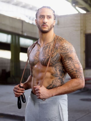 Colin-Kaepernick-Man-of-the-Year-1217-GQ-FECK05-01