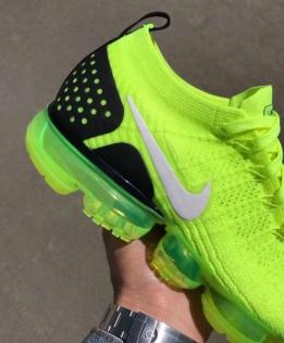 Nike-Air-VaporMax-2-Volt-Heel