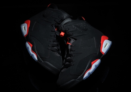 air-jordan-6-black-infrared-retro-2019-5