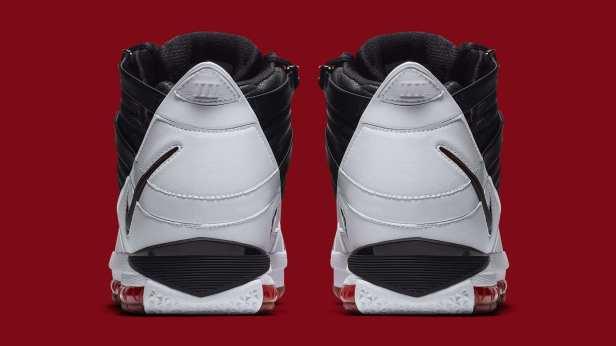 """Nike LeBron 3 """"Home"""""""